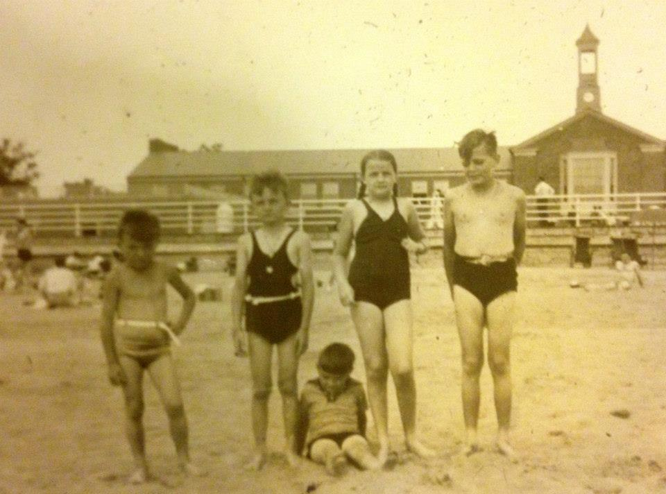 old family pic at beach